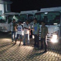 Foto Penyerahan Unit 6 Sales Marketing Mobil Dealer Isuzu Padang Romi